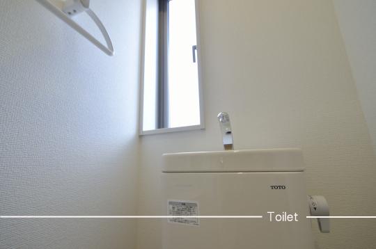 トイレ設備:TOTO製