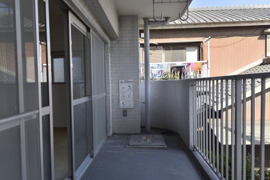 ユーハウス第二刈谷2B号室のバルコニーは南向きです。
