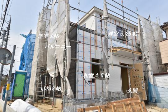 東浦町大字石浜字青木の和室は角部屋です。