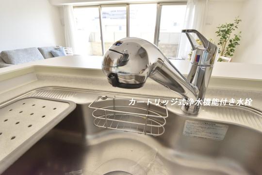 アトレ東刈谷グリーティングコートのキッチン水栓。