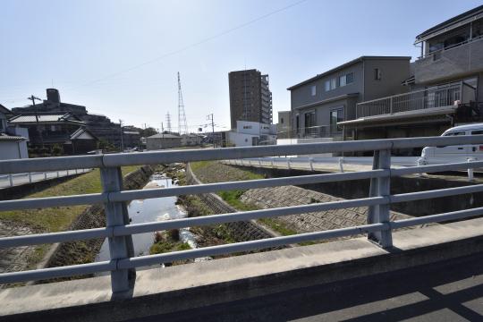 アトレ東刈谷グリーティングコートを北側から撮影。