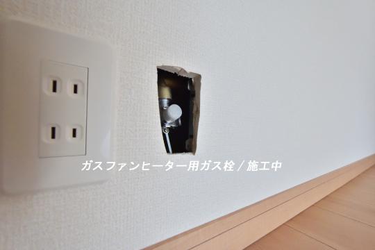東浦町石浜青木4LDKのガス栓。