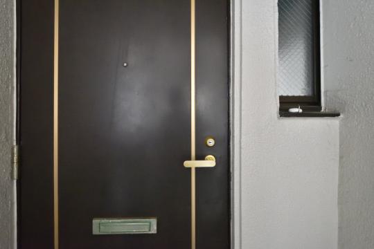 グローリアス刈谷の玄関ドア。