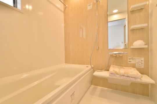 刈谷市大正町4丁目A棟1階浴室はTOTO製サザナ