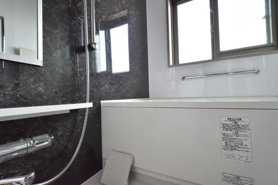 カルティア刈谷松坂の浴室