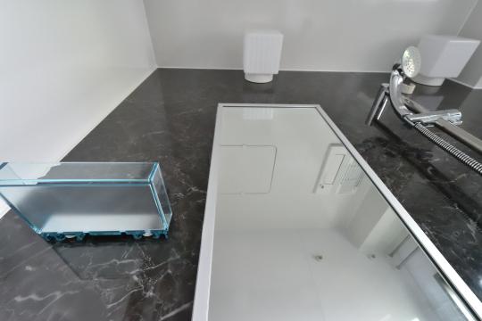 カルティア刈谷松坂の浴室鏡