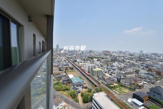 カルティア刈谷松坂から眺めた名鉄三河線刈谷市駅