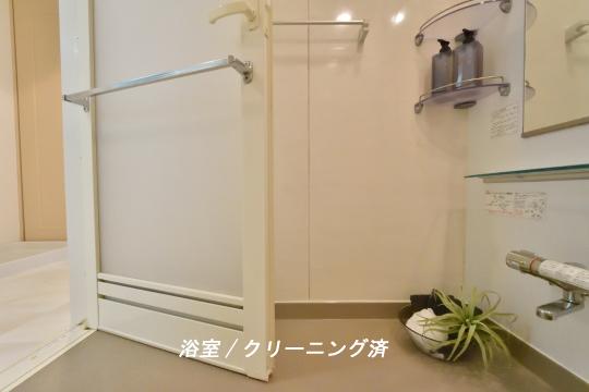 フレストスクエア刈谷逢妻の浴室はクリーニング済です