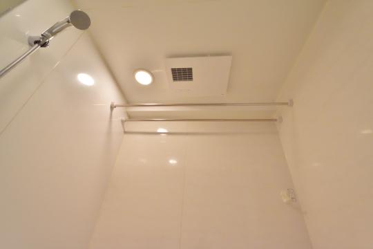 フレストスクエア刈谷逢妻の浴室天井