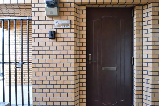 大和レジデンス相生2の玄関ドア