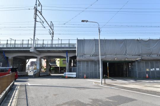 JR新幹線の高架橋