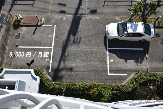 エスポア刈谷の敷地内駐車場