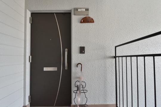 安城グランドハイツの玄関ドア