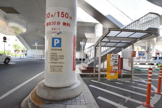 安城駅の駐車場