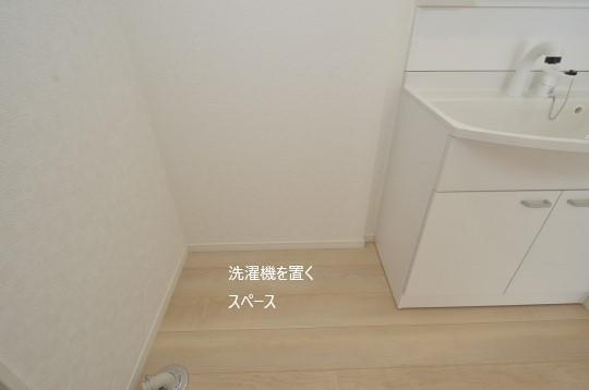 _DSC0065_00033